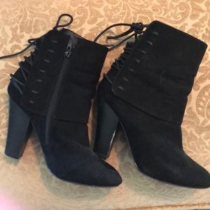 Qupid black suede like booties size 7